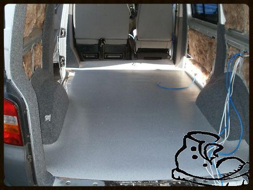 CUSTOM FIT 1 PIECE TO FIT A VW TRANSPORTER T5 2011 SWB VAN BLACK CARPET